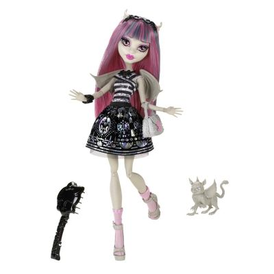 Rochelle Goyle Goes To Monster High Too