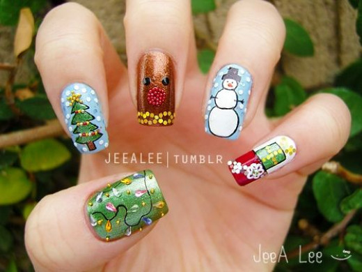 Spectacular Christmas Nails! Photo: JeeA Lee