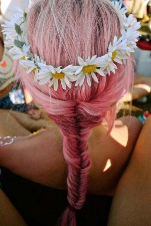 Pretty in Pink Boho Hair : http://classy-bohemian.tumblr.com/post/36521028816