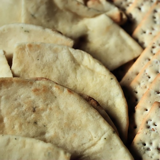 Garlic naan and Stonewheat Crackers