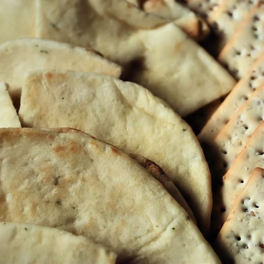 Garlic naan and Stonewheat Crackers