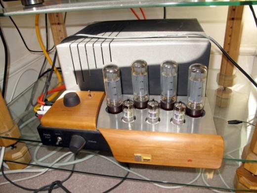 Unison Simply Four Valve (Tube) Amplifier