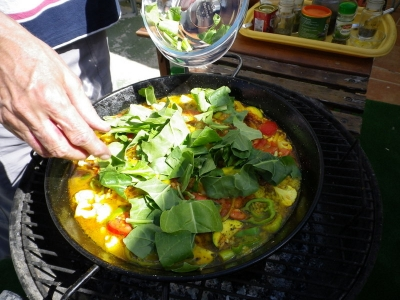 Cooking the Paella