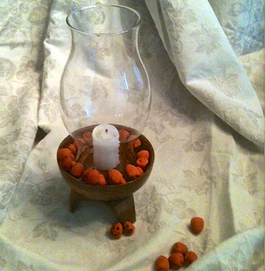 Acorn Pumpkin Ring around the Candle! (photo by Mickie Goad)