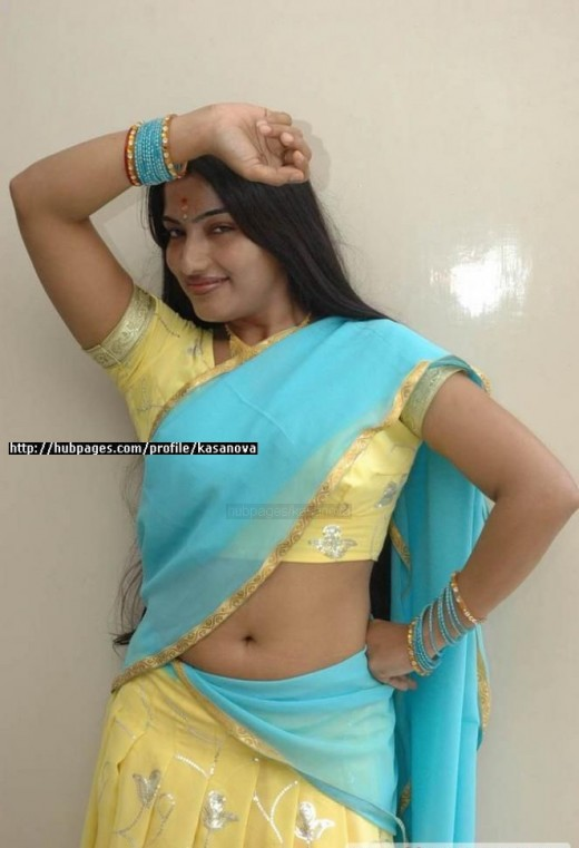 Back > Gallery For > Big Navel Aunty
